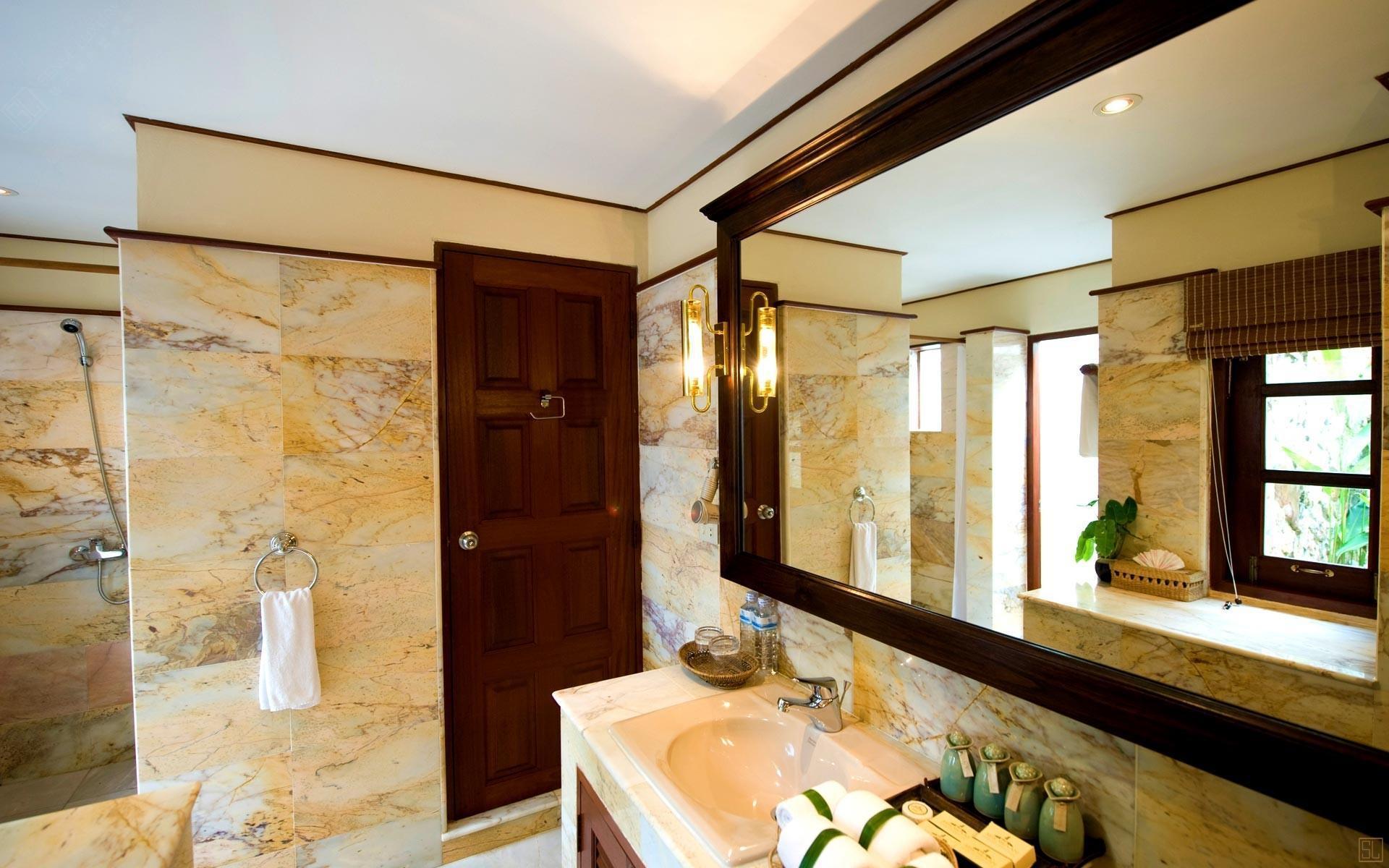 泰国苏梅岛密斯卡湾罗望子别墅浴室