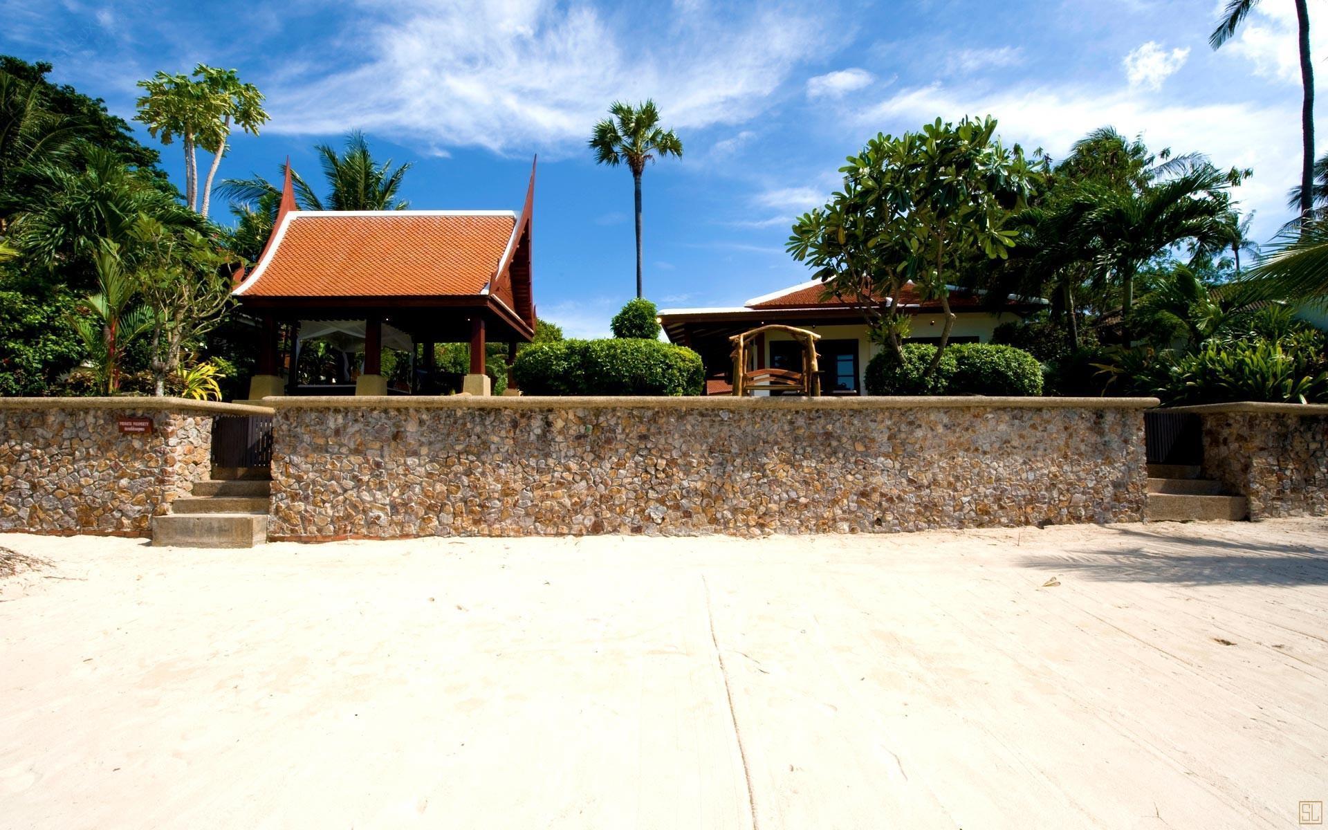 泰国苏梅岛密斯卡湾罗望子别墅入口