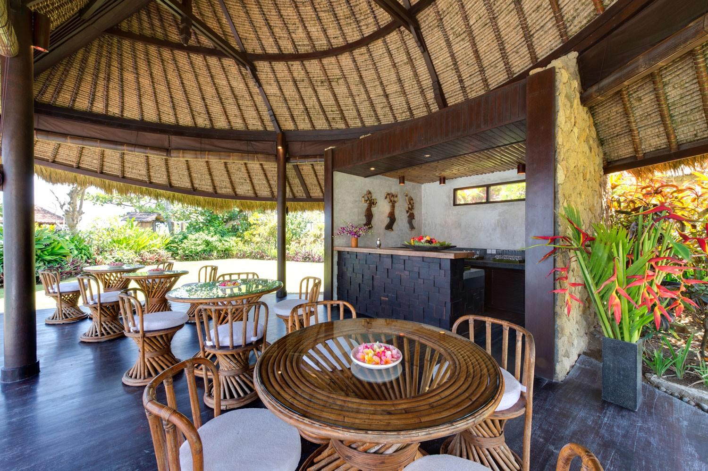 印尼巴厘岛塔曼阿斯曼别墅公共餐厅