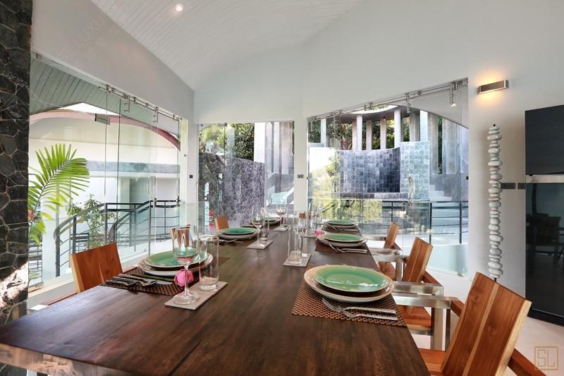 泰国苏梅岛月影别墅餐桌