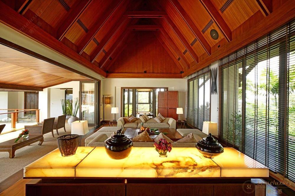 泰国普吉岛艾逸别墅沙发